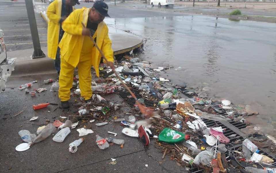 Daños por lluvias Hermosillo, Sonora; limpian zonas afectadas