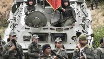 Venezuela niega incursión militar en Colombia