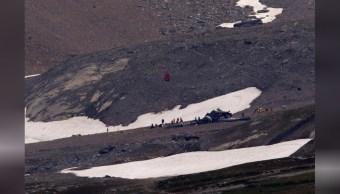 Mueren 20 personas al estrellarse un avión antiguo en Suiza