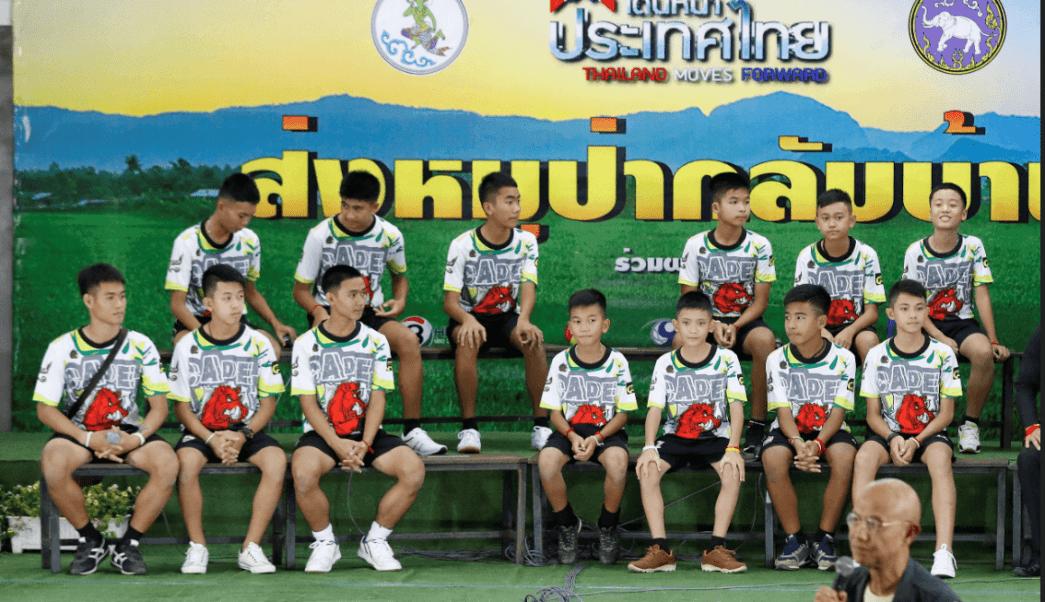 Ninos rescatados en Tailandia, estrellas de internet