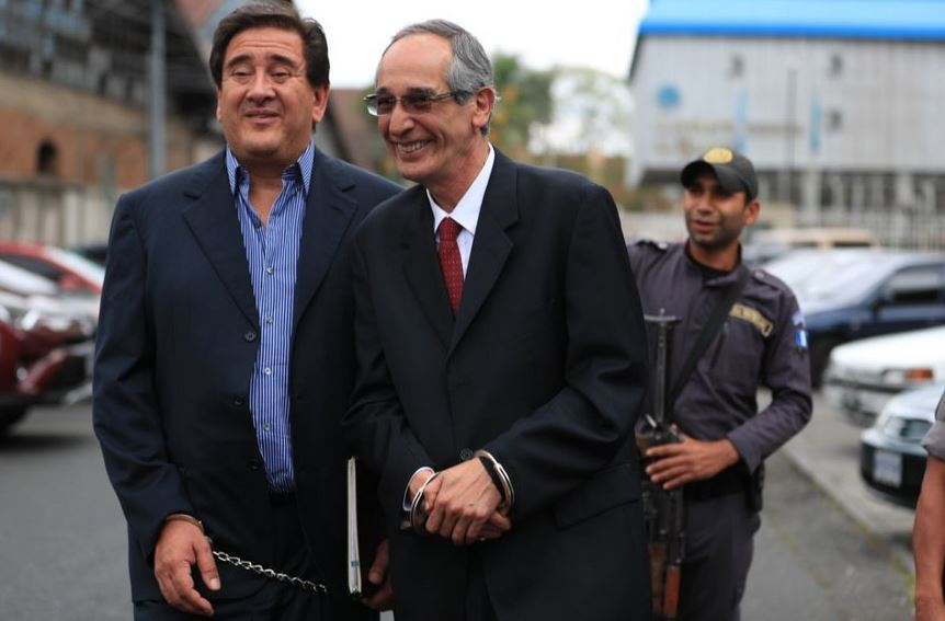 Libertad provisional para ex presidente tras pagar millonaria fianza — Guatemala