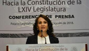 Diputados de Morena acuden a registro en San Lázaro