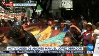 Reciben Manifestantes Casa De Transición Amlo