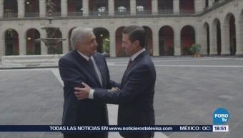 Peña Nieto publica en Twitter imágenes del encuentro AMLO