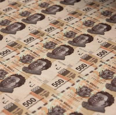 Peso mexicano cae por ventas, dólar cotiza a 19.1