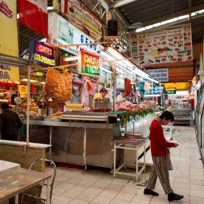 PIB de México sube a tasa anual, aunque presenta caída trimestral
