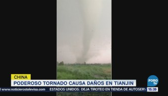 Poderoso tornado causa daños en China