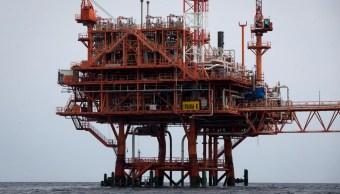 Precio del petróleo Brent sube, impactan sanciones a Irán