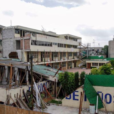 Posponen fecha de remoción de escombros del Colegio Rébsamen