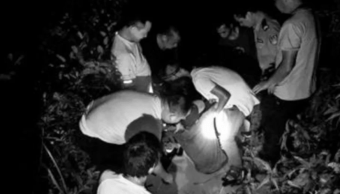 Chino sobrevive dos semanas atrapado en trampa para jabalíes