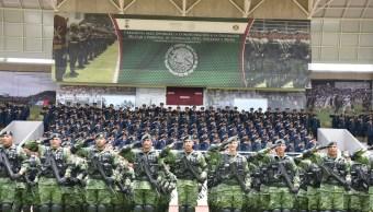 Sedena condecora a 55 militares activos y en retiro