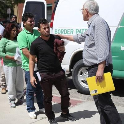 Separación de familias migrantes de Trump no reduce arrestos en frontera