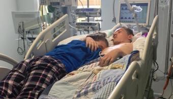 Chica despide su novio, fue desconectado soporte vital