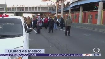 Taxistas del Edomex bloquean Avenida Central