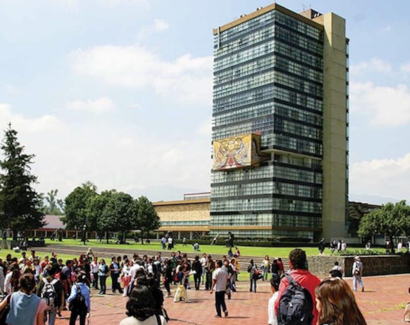 Lanzan curso gratuito examen licenciatura UNAM