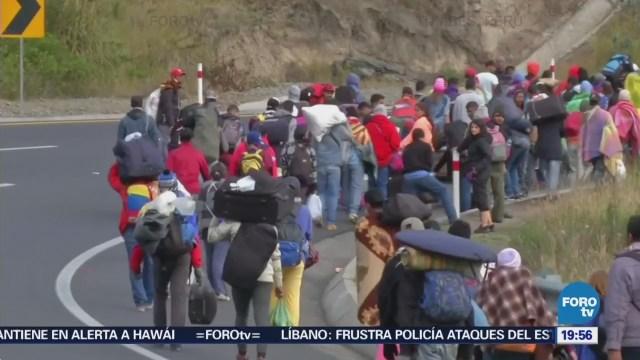 Venezolanos Esperan Ingresar Territorio Peruano Pasaporte