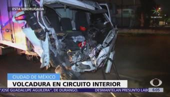 Volcadura en Circuito Interior deja una mujer herida