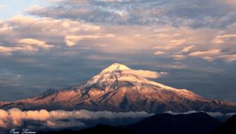 Reportan alpinista extranjero perdido en volcán Citlaltépetl