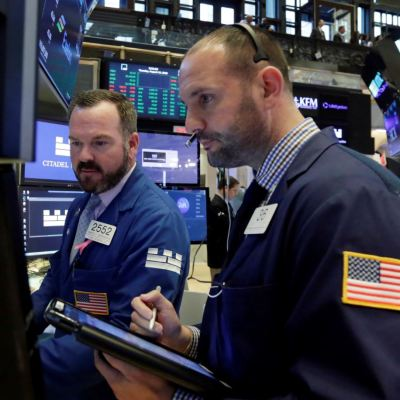 Wall Street abre al alza pese a crisis turca, Dow Jones recupera 0.22%