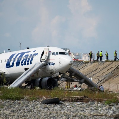 Accidente aéreo en Rusia deja al menos 18 heridos, entre ellos tres niños