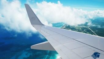 Pilotos aviadores emplazan a huelga a Aeroméxico