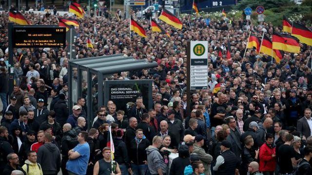 Marcha Alemania: Ultraderechistas marchan contra inmigrantes