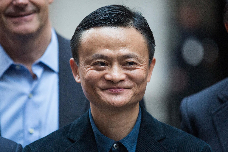 Se jubila Jack Ma, el hombre más rico de China