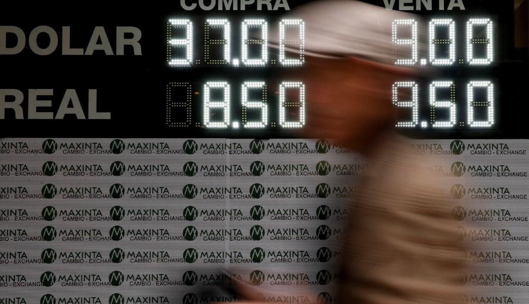 Banco Central de Argentina subasta 400 millones de dólares