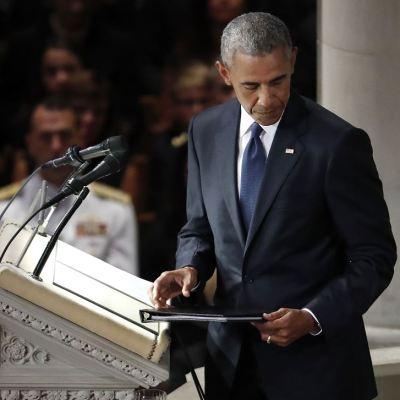 Obama: Pese a desacuerdos, McCain y yo estábamos en el mismo equipo