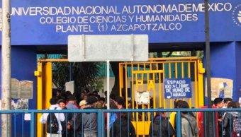 Estudiantes de CCH Azcapotzalco vuelven a las aulas
