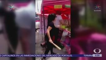 Dueños de restaurante agreden a vendedor de nieves Satélite