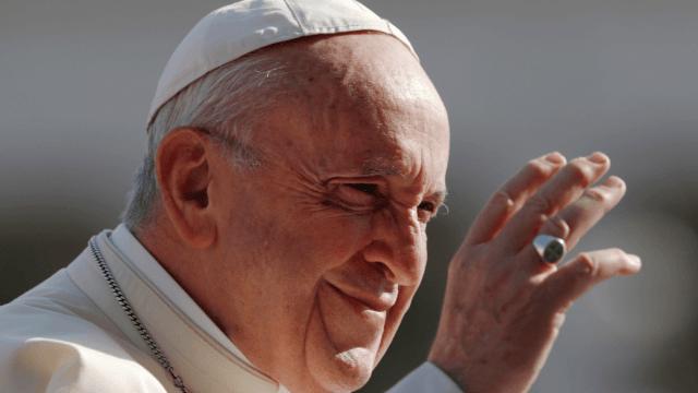 Papa recibirá a obispos de EU por escándalo de abusos