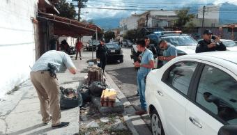Paquete electoral aparece en calle de Monterrey, Fepade investiga