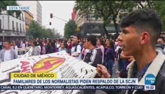 Familiares Normalistas Ayotzinapa Hacen Movilizaciones Cdmx