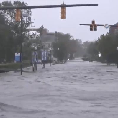 VIDEO: El huracán 'Florence' y su impacto en tierra