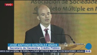 González Anaya de SHCP en la convención nacional de Asofom