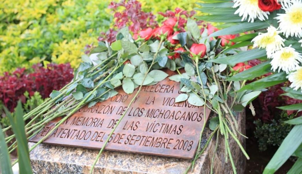 Homenajean a víctimas de ataques en Grito en Michoacán hace 10 años