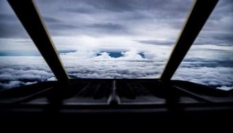 Cazahuracanes del NOAA recaban datos dentro del huracán Florence