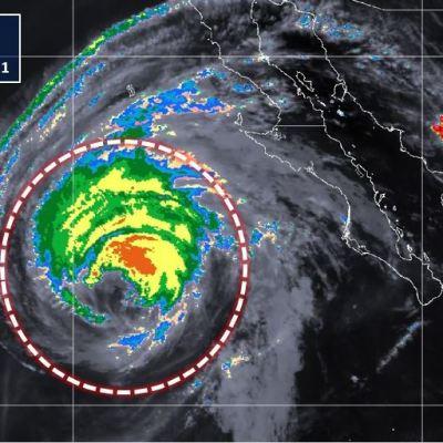 Huracán 'Rosa' se degrada a categoría 1; prevén tormentas en Península de Baja California