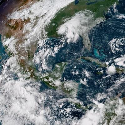 Florence se convierte en el primer gran huracán de temporada en el Atlántico