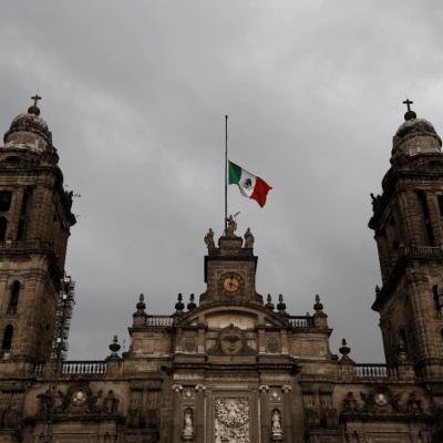 Prevén cambios en pirotecnia para proteger la Catedral Metropolitana en fiestas patrias
