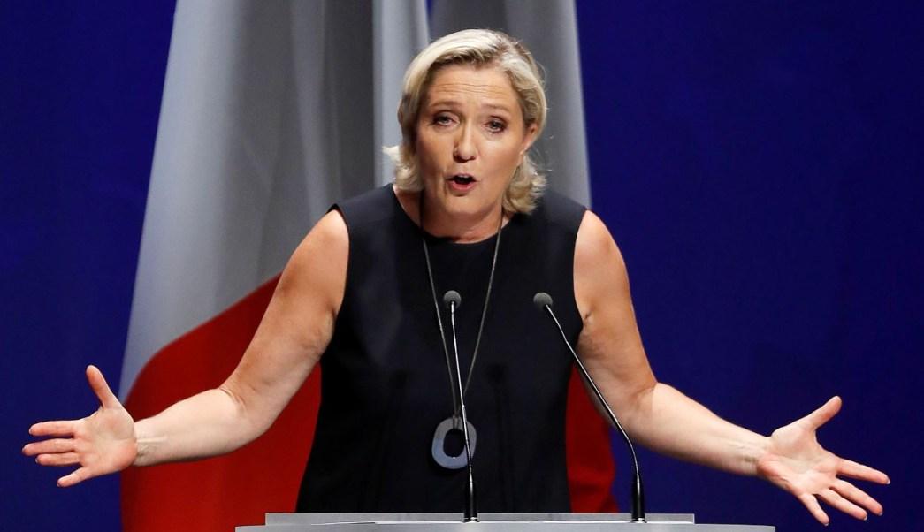 Le Pen insta a unión de nacionalistas para elecciones europeas