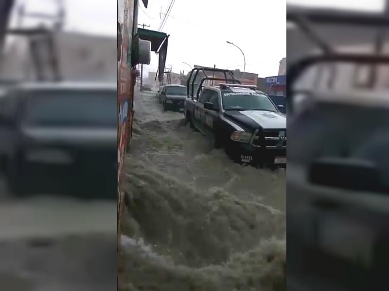 Lluvias en Saltillo no paran; provocan caos vial