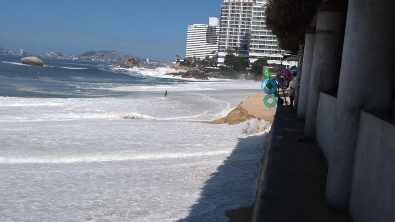 Mar de fondo Acapulco hoy provoca aumento de oleaje