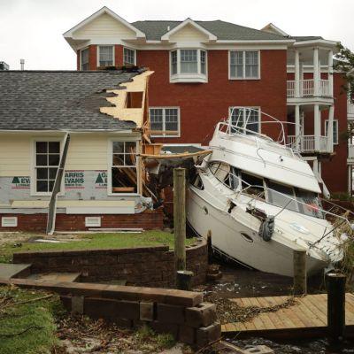 Michael Jordan donará 2 mdd para afectados por huracán Florence