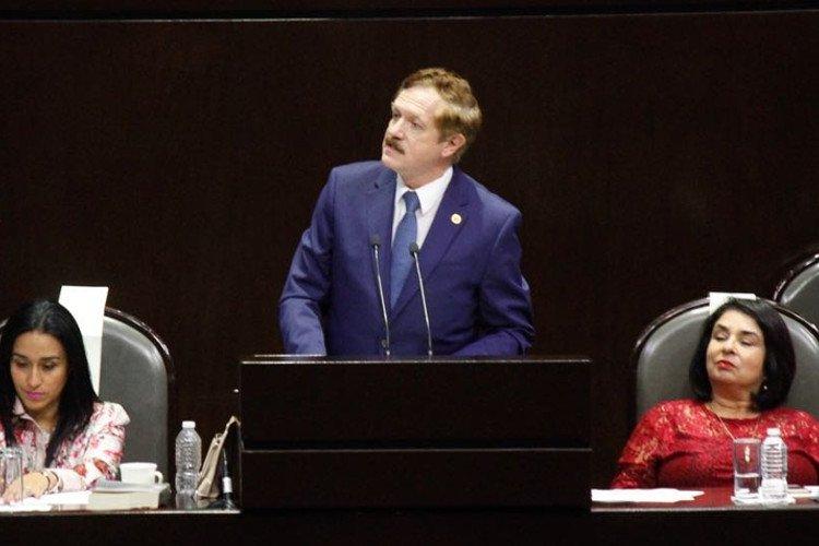 PAN se pronuncia contra mayoría de Morena en Diputados. Juan Carlos Romero  Hicks cfd78ccbf4a
