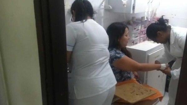 mujer-finge-embarazo-secuestro-retener-marido-argentina