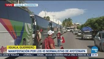 Llegan Manifestantes Iguala Dos Horas Retraso Ayotzinapa