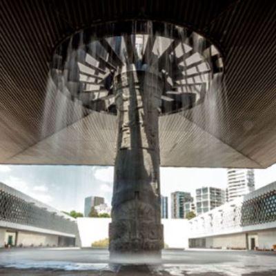 Reinauguran 'Paraguas' del Museo Nacional de Antropología