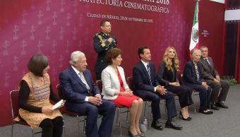 Peña Nieto entrega Premio Luz de Plata 2018